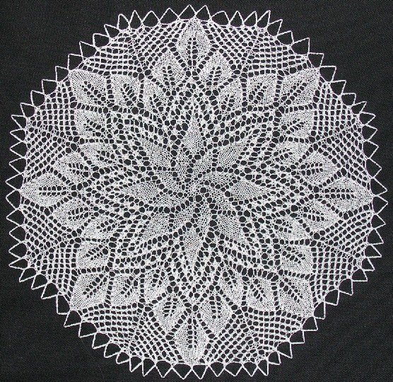 The Cromulent Knitter: Knitting a German doily pattern, part 2: Erich Engeln ...