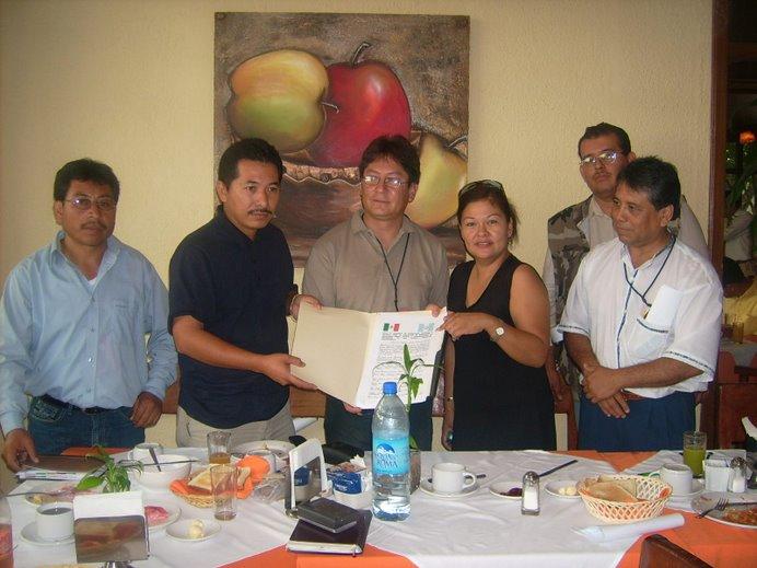 Entrega de Documento de Intercambio Turístico y Cultural México-Guatemala