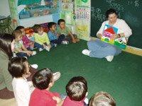 La enseñanza de vocabulario, expresiones y temas en inglés por medio del cuento.