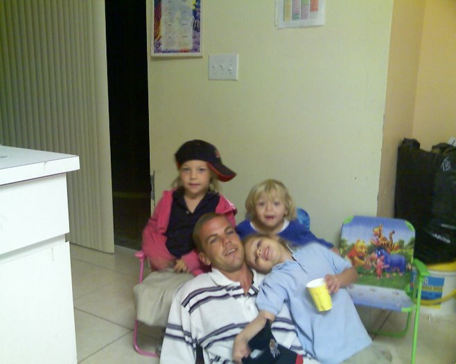 daddy and his cool girls