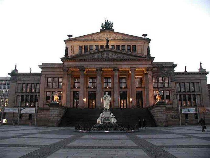 Schauspielhaus, al centro de Gendarmenmarkt