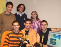 L'equip, d'esquerra a dreta: Ferran Vall, Lluís Casas, Víctor Isern, Aleix Vidal, Eia Vilardell, Mark Augé, i en Bernat Castro (via telefònica)