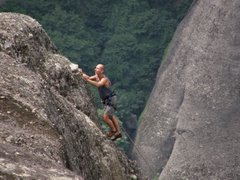 Coincidimos en el camping de Meteora con un grupo de escaladores checos de todas las edades