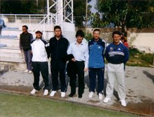 Varios de los organizadores con Jose Mari Bakero, ex jugador del Barcelona y entrenador de la Real