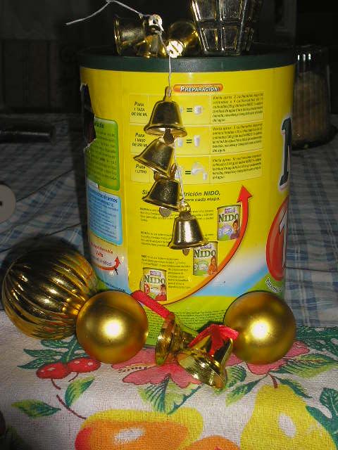 ¿Que? una lata en Navidad
