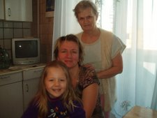 Three generations: hostmother Gallina, Marina & Lilja