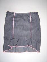 pollera de jean con bordado en rosa