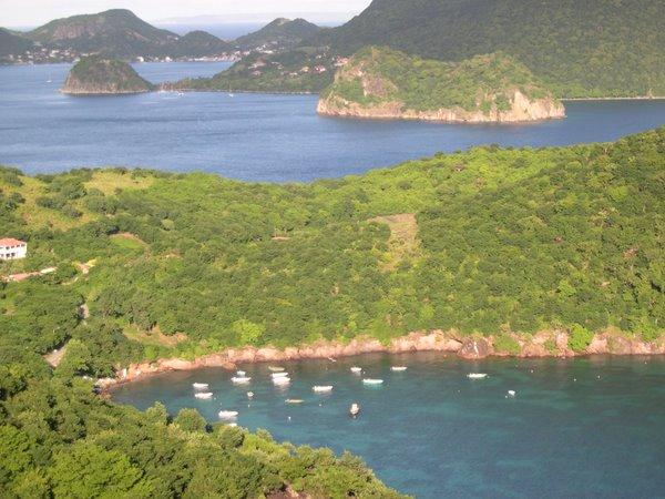 Terre de Bas, vue de Grand Baie et de Terre de Haut