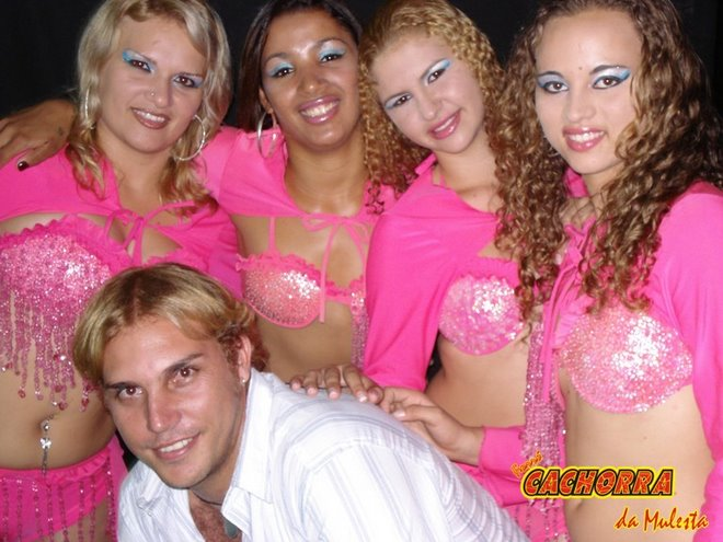 Mirian, Samara, Penha, Priscila e Helinton PICAPAU