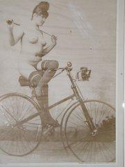 Ciclobollo ciclonudista dominatrix
