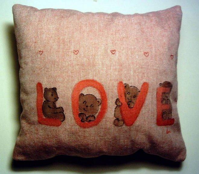 "Almofada ""Love""  (20x20cm)"