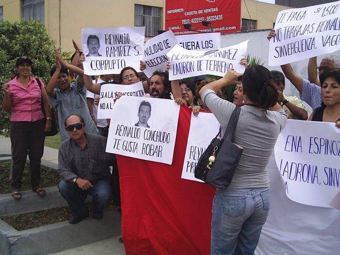 FUERA CORRUPTO REYNALDO RAMIREZ HOMBRE AMBICIOSO Y CRIMINAL