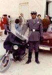 Motos con uniforme
