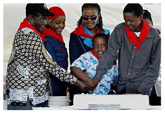 ZIMBABWEANS TO IGNORE MUGABE\
