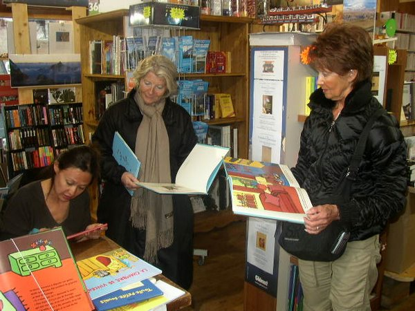 Kimiko à la librairie
