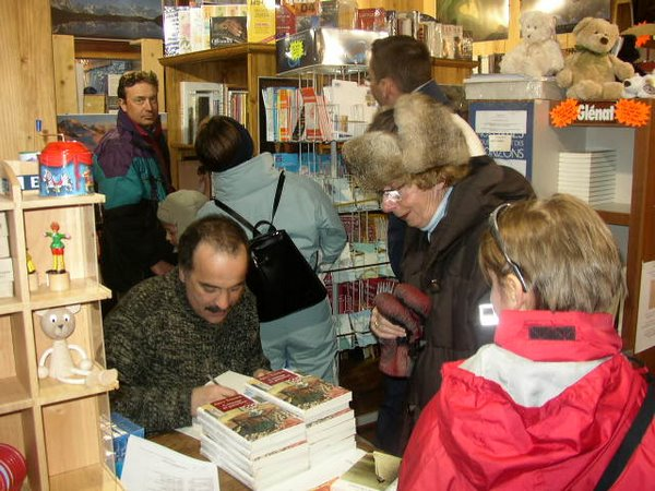 Akli Tadjer à la librairie