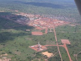 ExxonMobil&#39;s Drilling Camp, Kome