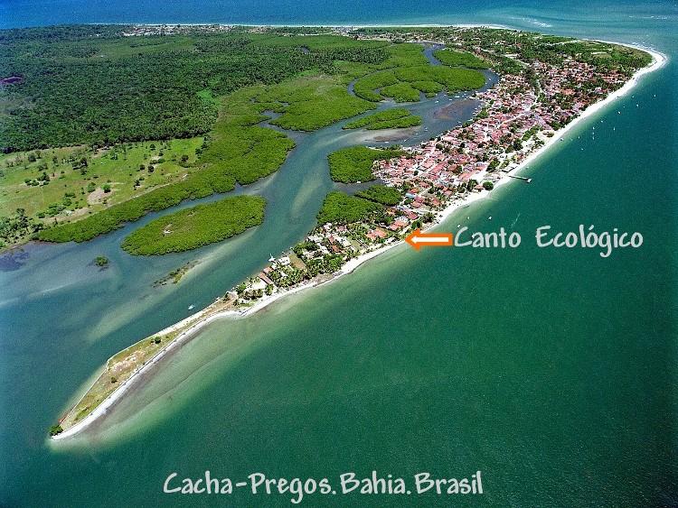 a peninsula de Cacha-Pregos,cercada de manguezais...o berçário da vida marinha.
