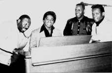 Hank Marr, James Brown, Bill Moss