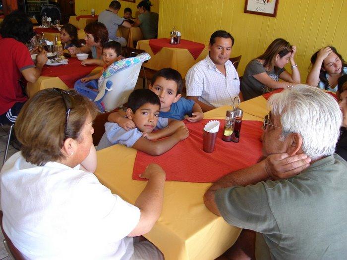 Almorzando en Licanray