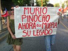 Murió Pinochet, ahora que muera su legado