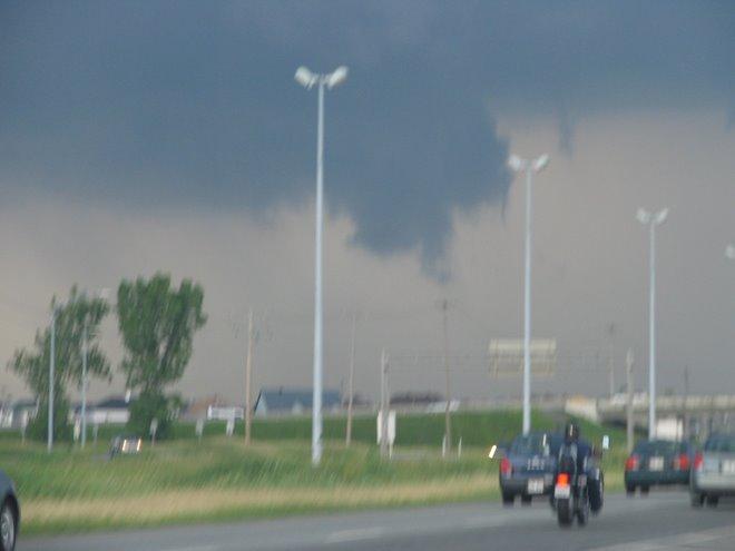 Nuage wall cloud