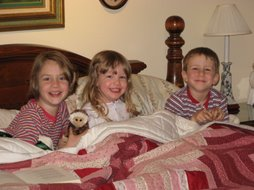 My three kids (Easter 2007)
