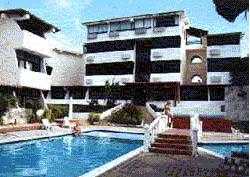 FOTO DEL HOTEL Y LOS APARTAMENTOS