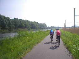 More canal bike paths