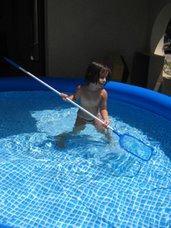 Clemence dans la piscine