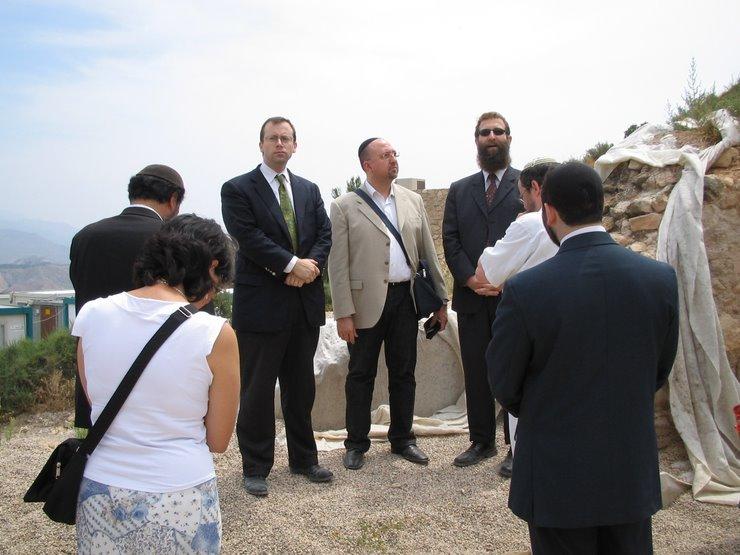 Primera visita judía a la Sinagoga de Lorca,Sr.Michael Freund y Rabino Eliahu Birnbaum de Shavei