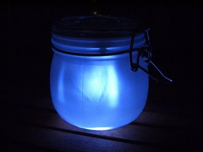 solar powered sunjar