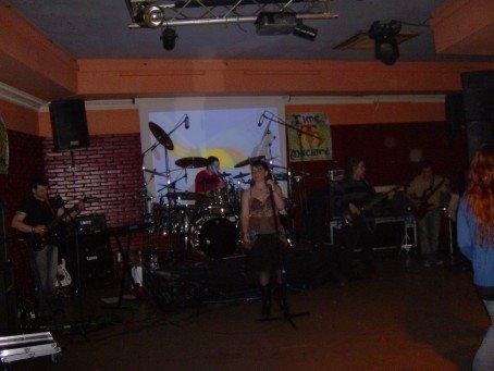 Sala Las Sirenas (Albelda de Iregua) 26/05/07