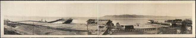 Astoria municipal docks and mouth of the Columbia River 1915