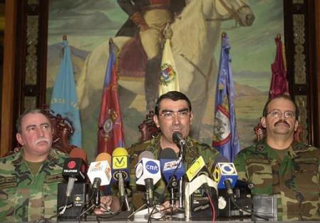 La renuncia de Chávez es anunciada