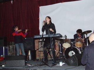 Alexa Georgevich, Bob Bert and violin player - Northsix, Brooklyn