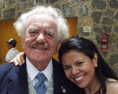 Rubén Bonifaz Nuño con Josefina Estrada en Nepantla, Estado de México