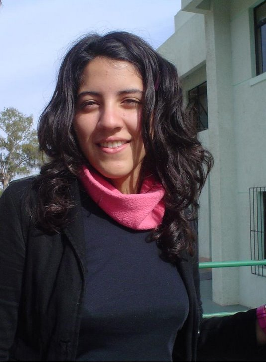 Cáceres Videla, Constanza Andrea - conitajaja@hotmail.com
