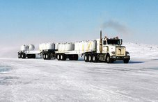 38 Wheeler - Ice Road - NWT