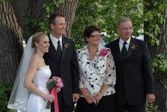 Bride & Groom w/grooms parents