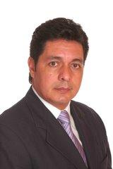 Dr. RICARDO A. LOPEZ P.