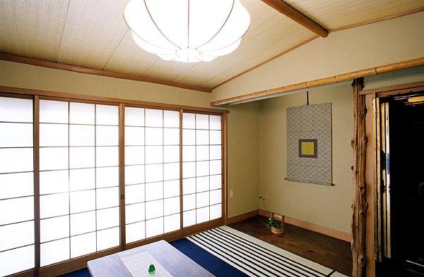 舟底天井の和室