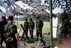 Soldados en maniobra