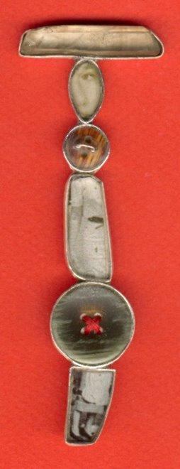 D-11, silver, quarz, bone, foto