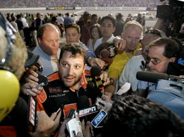 "<a href=""http://michaellarray-nascar.blogspot.com/search/label/Talking%20points"">Talking points</a>"