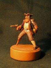 Pirata tallado en madera