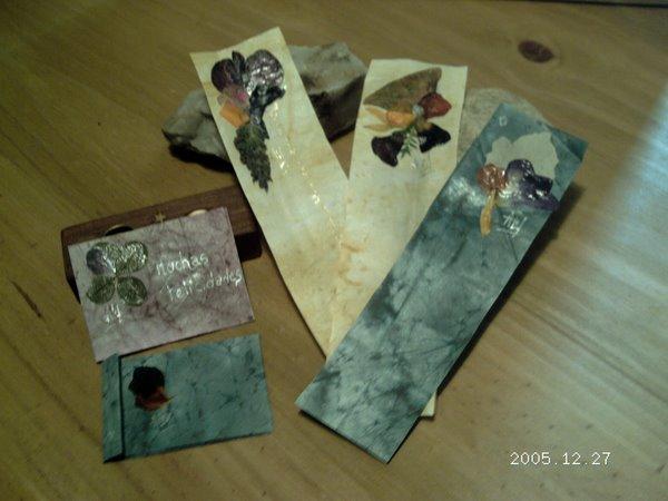 Señaladores en papel batik