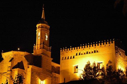El castillo y la iglesia de mi pueblo (CALATORAO)