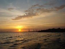 Senja di pantai Manila