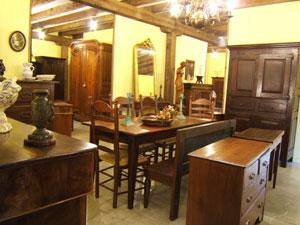 Consejos para decorar tu hogar lo antiguo est de moda for Restaurador de muebles antiguos